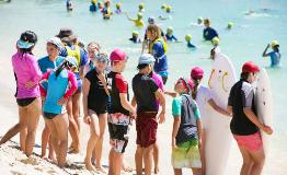 Surf pupils at Cottesloe Beach
